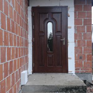 Drzwi 33